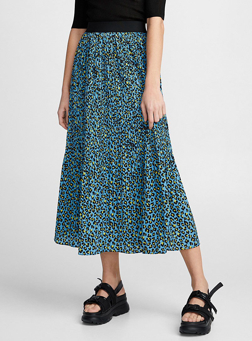 recoloured-leopard-accordion-pleat-skirt