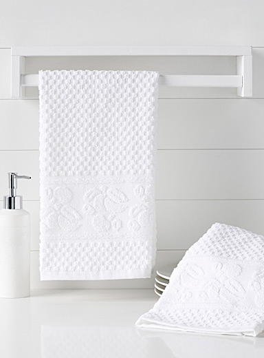 White flower cook's towels <br>Set of 2