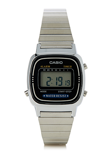 Small angular retro watch