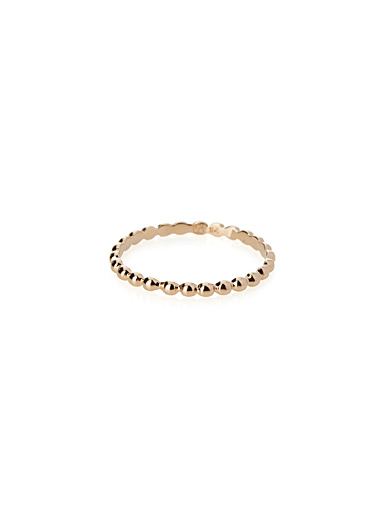 Mini golden bead ring
