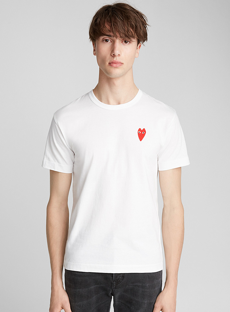 le-t-shirt-empiecement-coeur