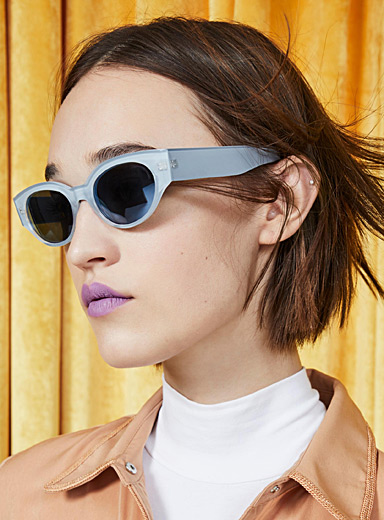 Saturn oval sunglasses