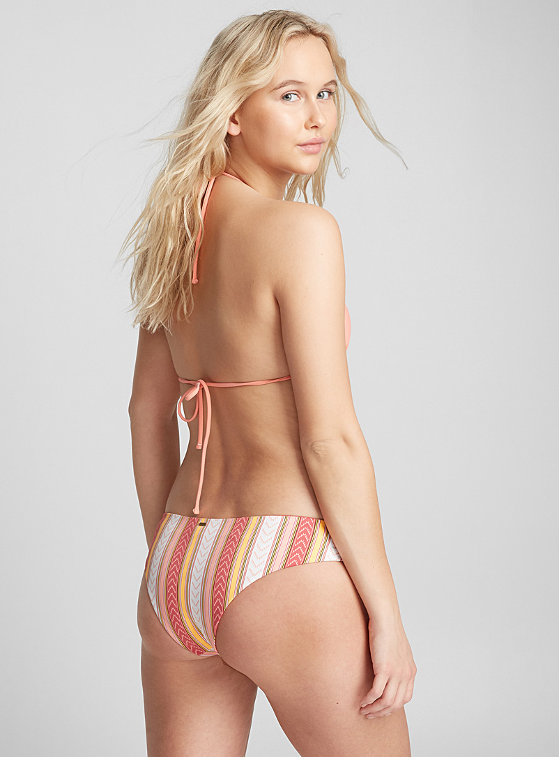 chevron-stripe-bottom