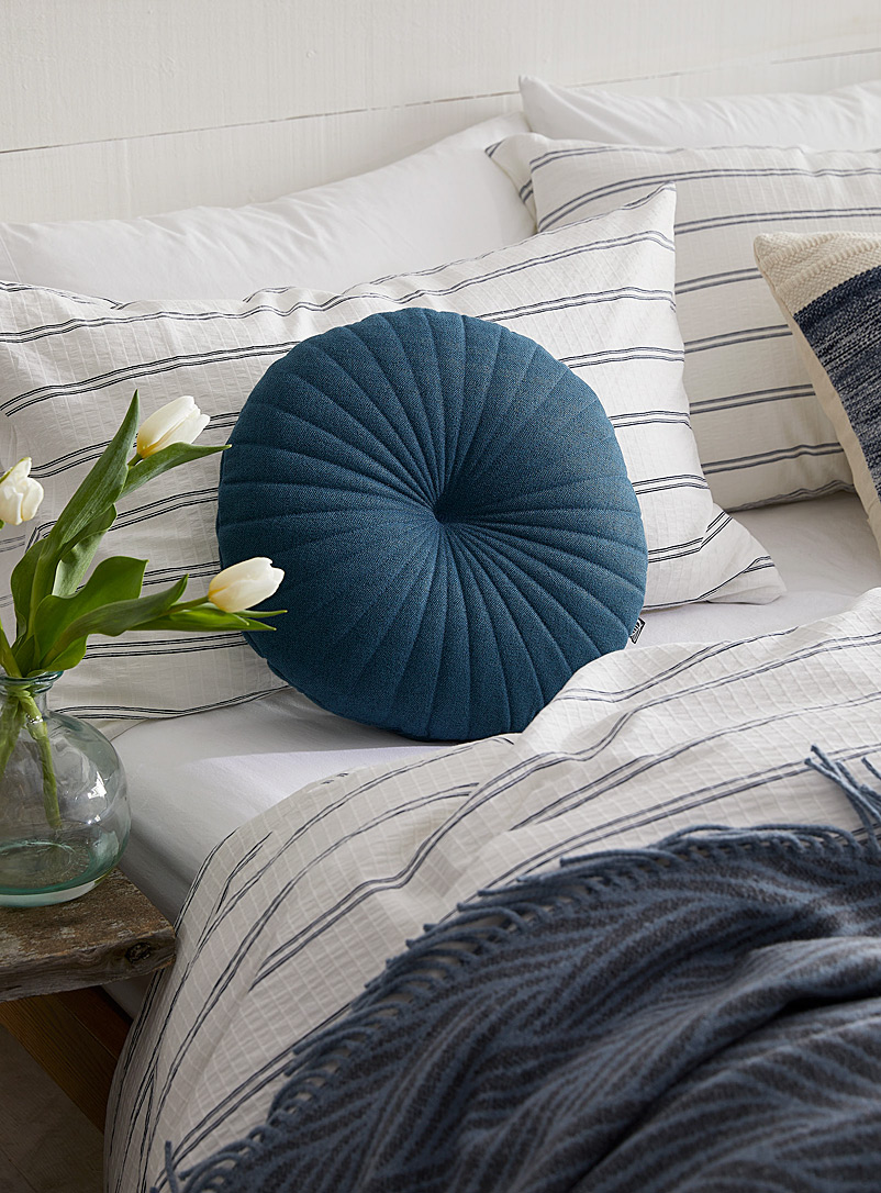 Fine herringbone cushion  35 cm in diameter - Cushions - Dark Blue