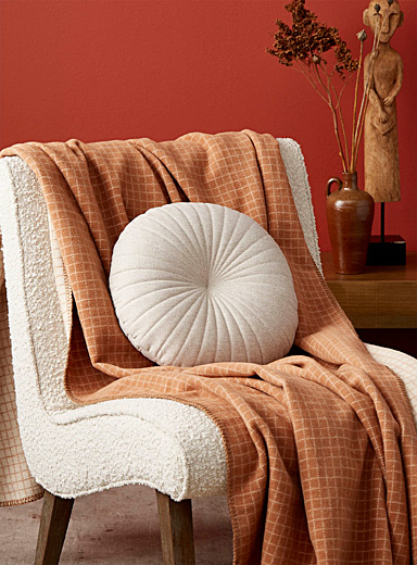 Simons Maison Sand Heathered faux-linen cushion  35 cm in diameter