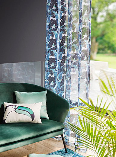 Tropical foliage sheer curtain  135 x 220 cm
