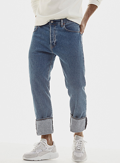 501 faded-blue jean  Straight fit