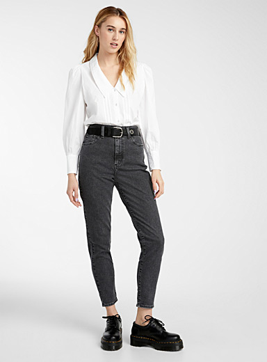 Tapered high-rise jean