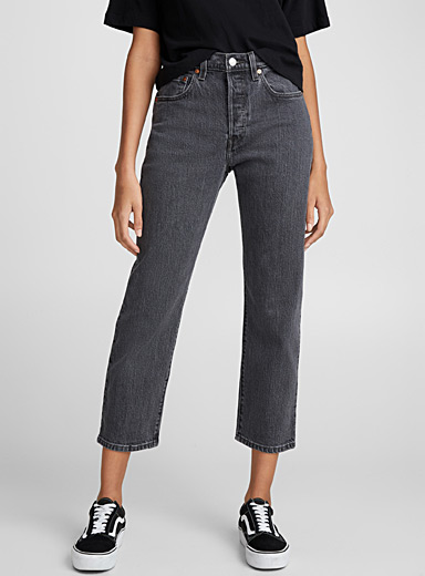 Solid three-quarter 501 jean