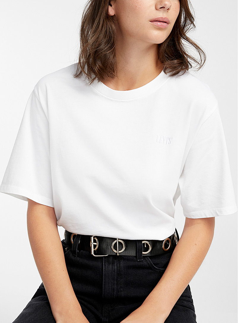 Monochrome embroidery T-shirt