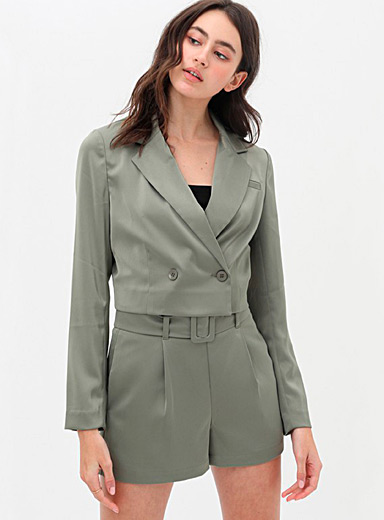 Cropped satiny blazer