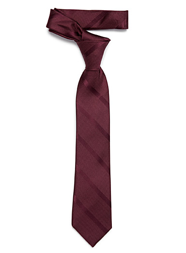 Tone-on-tone diagonal stripe tie