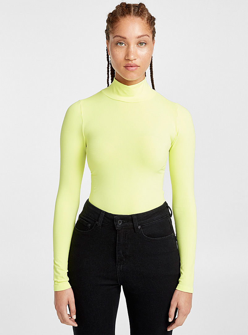 colourful-stretch-mock-neck
