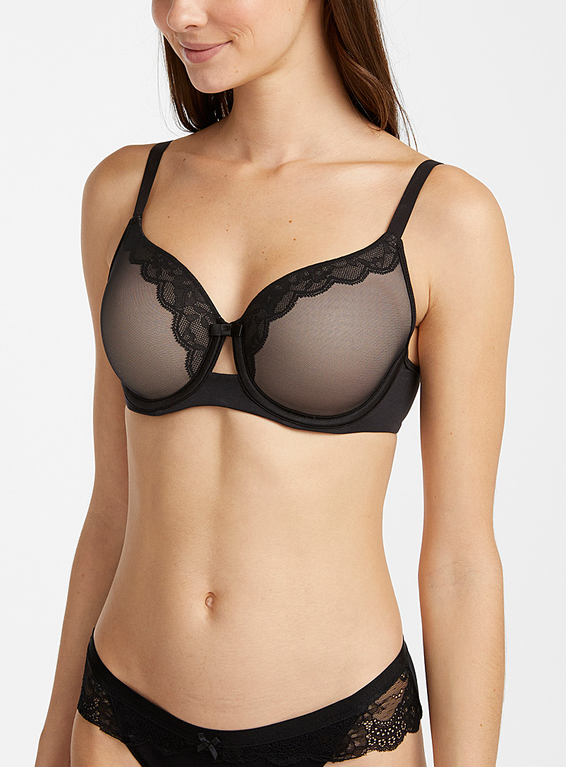 Wonderbra Black Scalloped-lace full coverage bra for women
