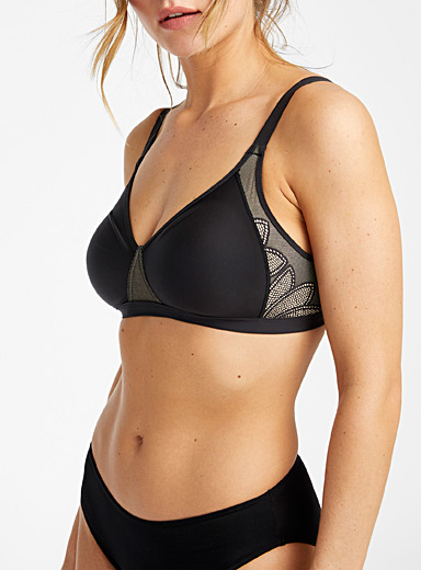 Wonderbra Black Smoothing wireless bra for women
