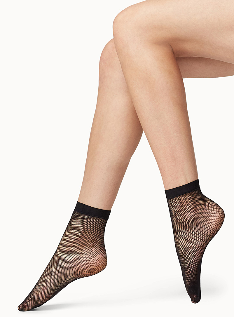 fine-fishnet-ankle-socks