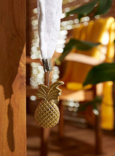 Golden pineapple tablecloth weights  Set of 4