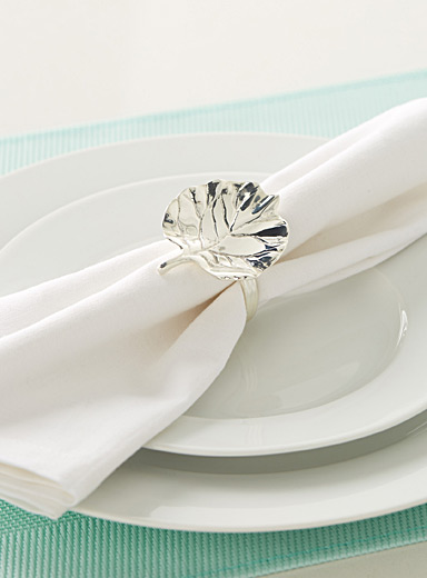 Silver leaf napkin ring