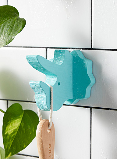 Triceratops adhesive hook