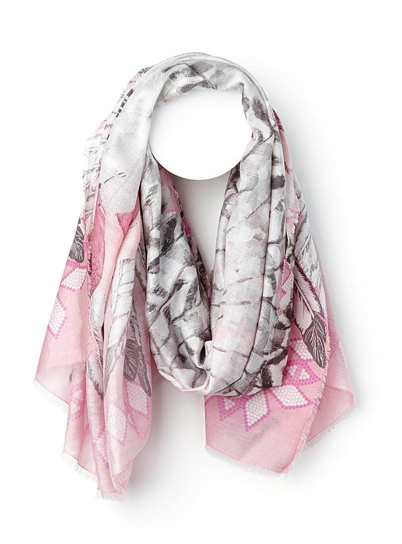 pink-feather-scarf
