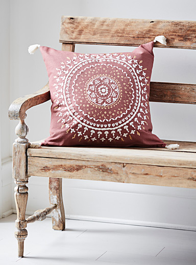 Pink medallion cushion <br>20