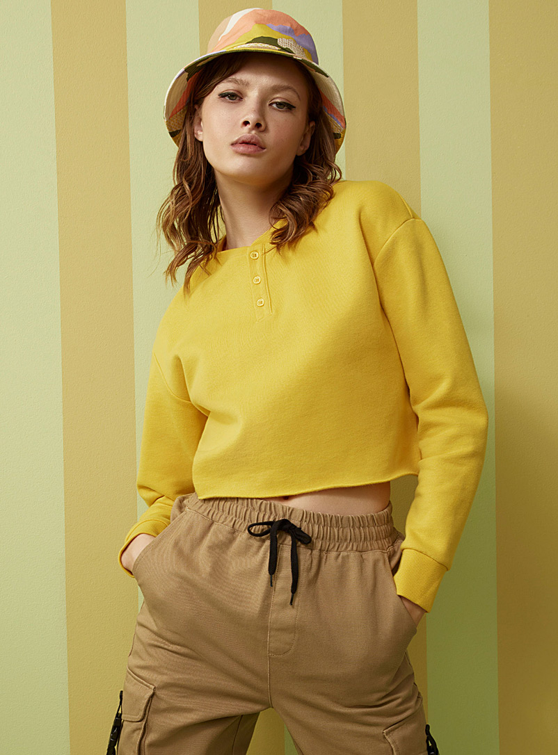 Twik Golden Yellow Cropped three-button sweatshirt for women