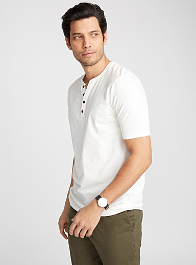 Henley V-neck T-shirt