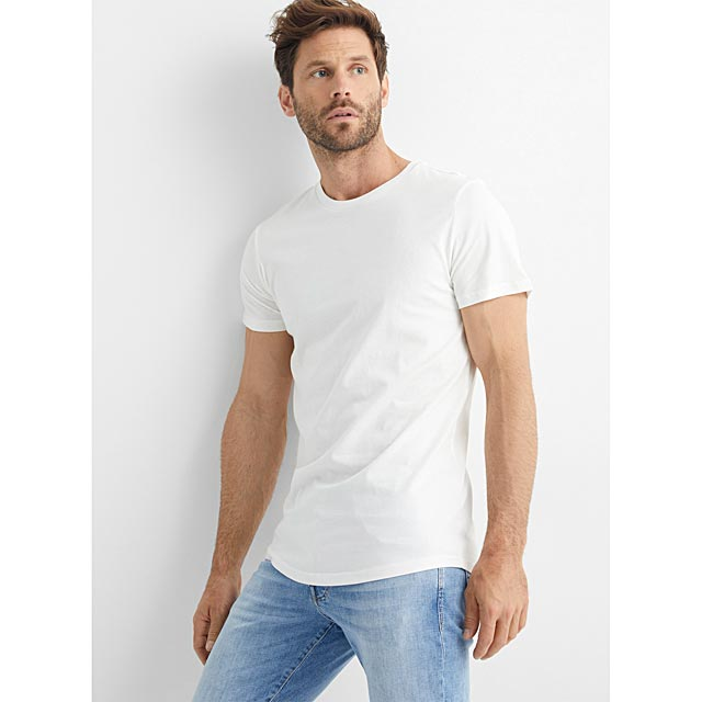 organic-cotton-muscle-fit-t-shirt