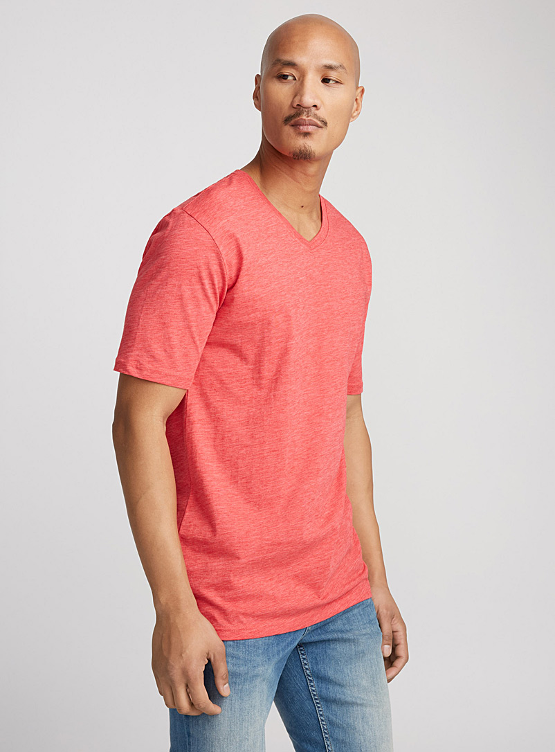 organic-cotton-v-neck-t-shirt