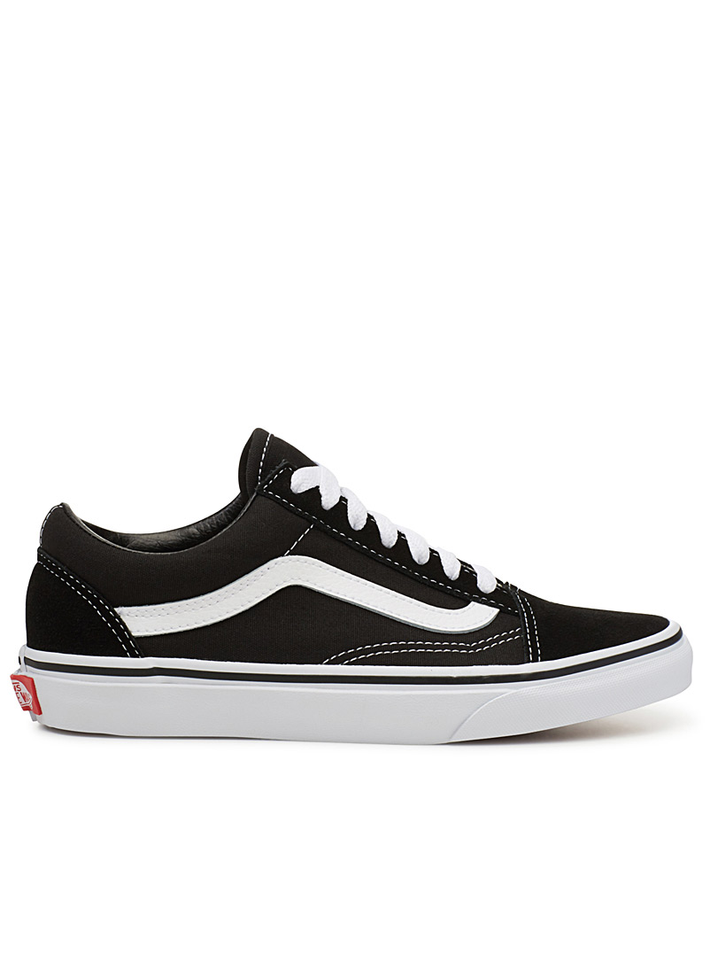 black-old-skool-sneakers-br-women