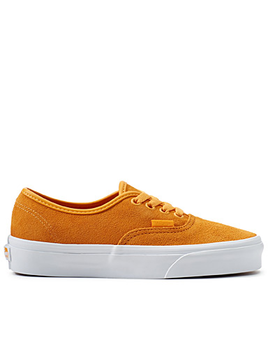 Monochrome suede Authentic sneaker