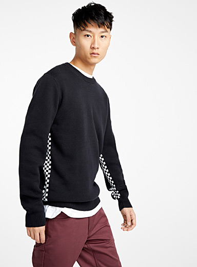 Checkered band sweater