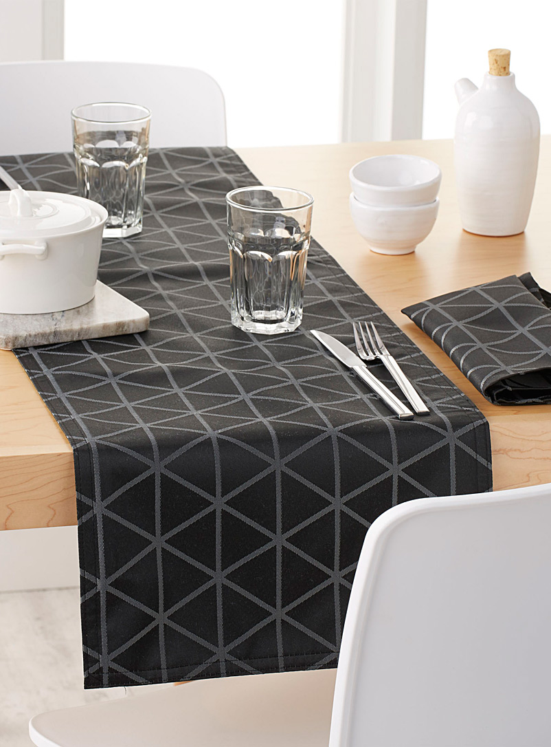 Optical diamond table runner  35 x 180 cm - Centerpieces & Table Runners - Patterned Black