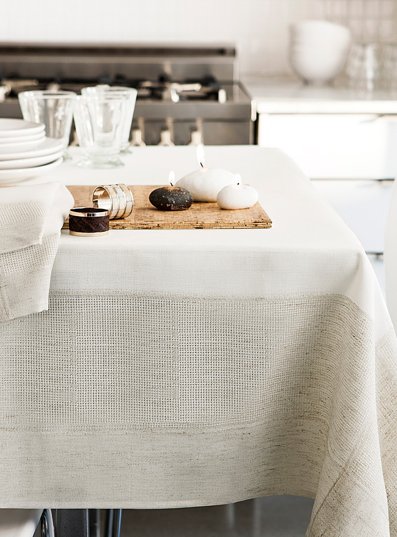 Faux linen-border jacquard tablecloth - Embroidered - Assorted