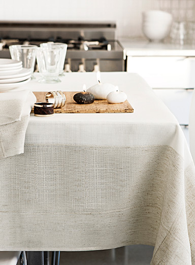 Faux linen-border jacquard tablecloth