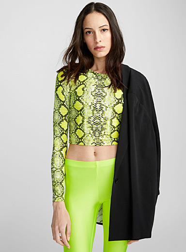 Neon python cropped tee