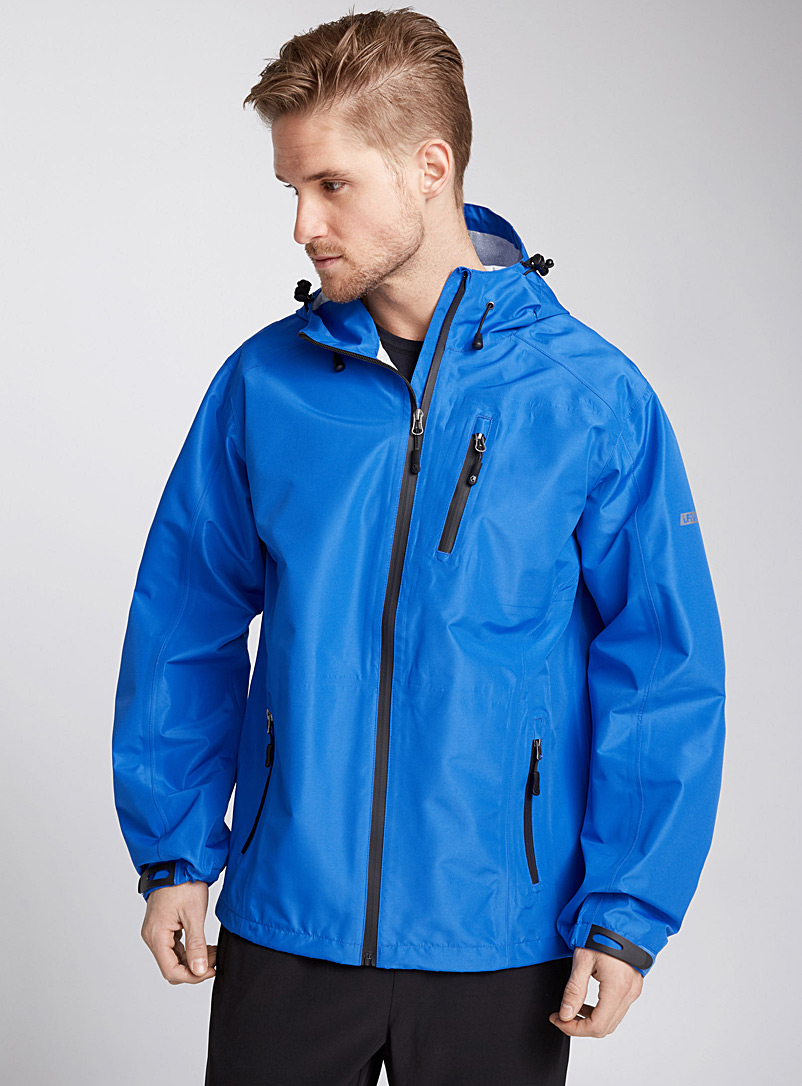 le-blouson-impermeable-plein-air