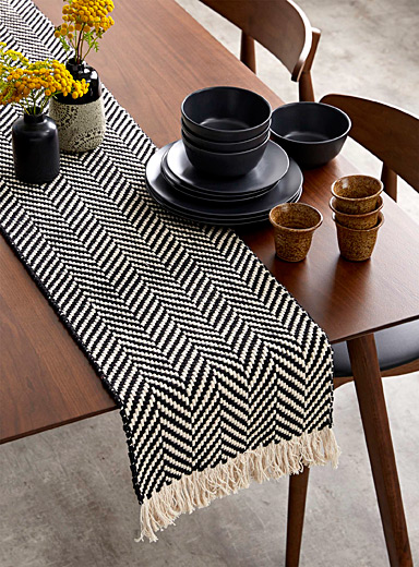Zigzag table runner 3 sizes available
