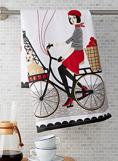 Tour of Paris tea towel