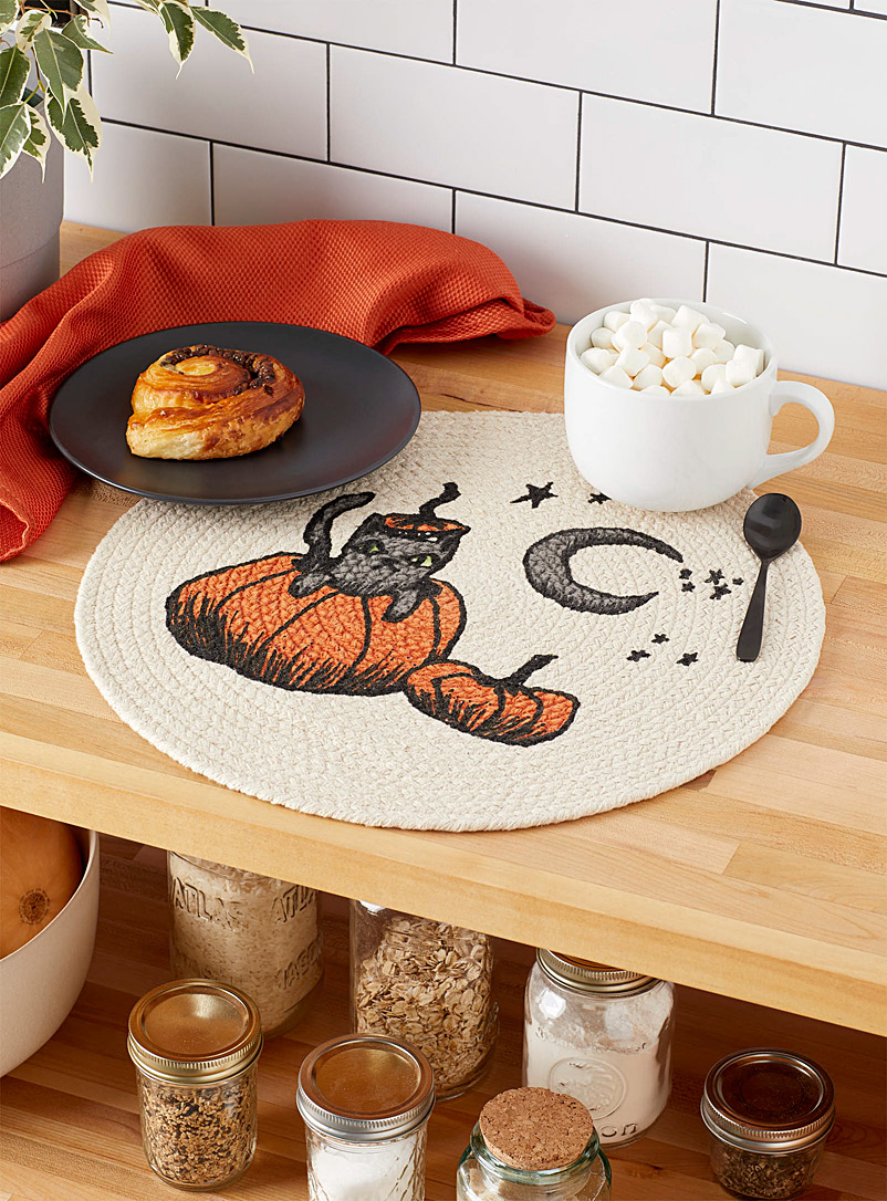 Halloween cat braided placemat