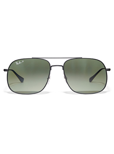 Modern polarized aviator sunglasses