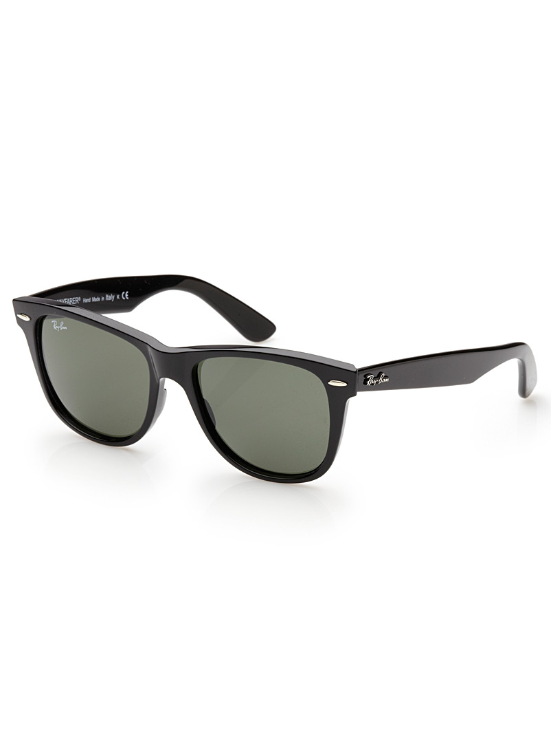 Ray-Ban Black Authentic Wayfarer sunglasses for men