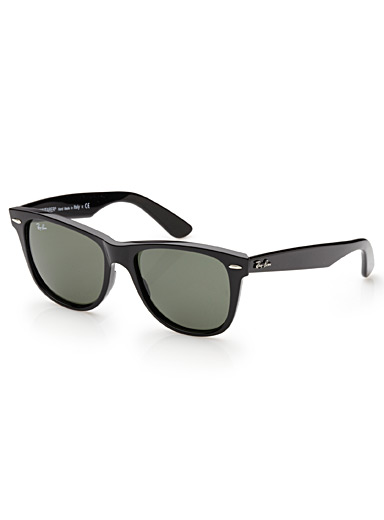 Authentic Wayfarer sunglasses