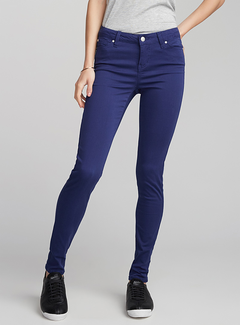 le-jeans-colore-extra-stretch