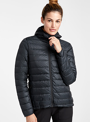 Emeline solid puffer jacket <br>Fitted style