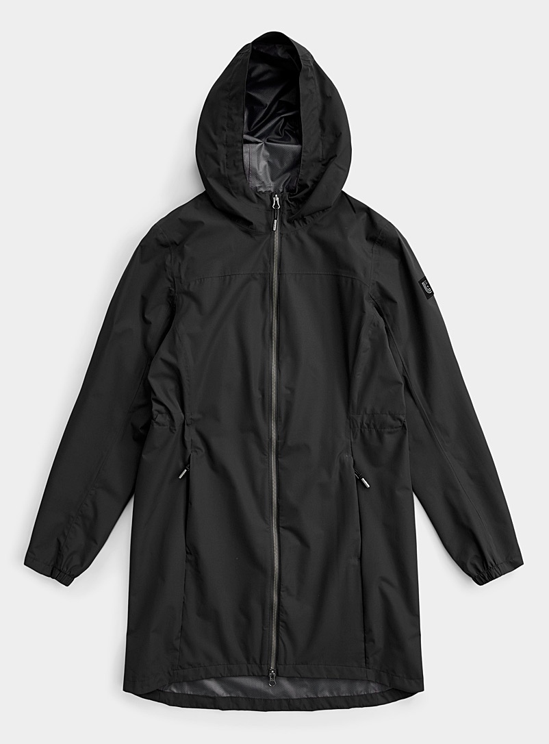 Lolë Black Piper packable raincoat for women