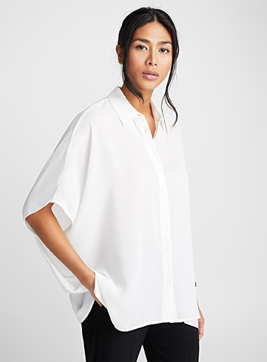 Loose fluid crepe blouse