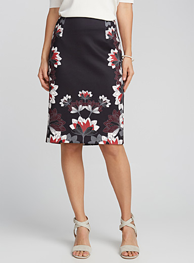 Printed neoprene straight skirt