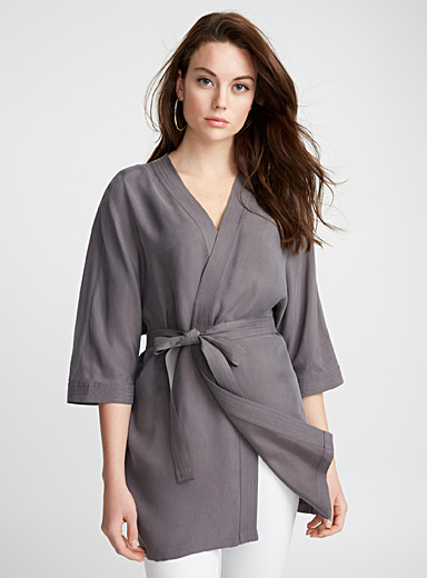 Silky belted kimono