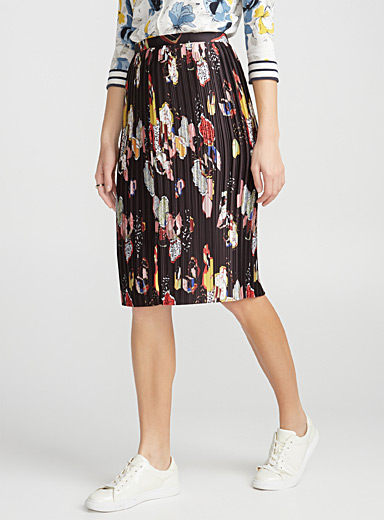 Abstract cocktail pleated skirt